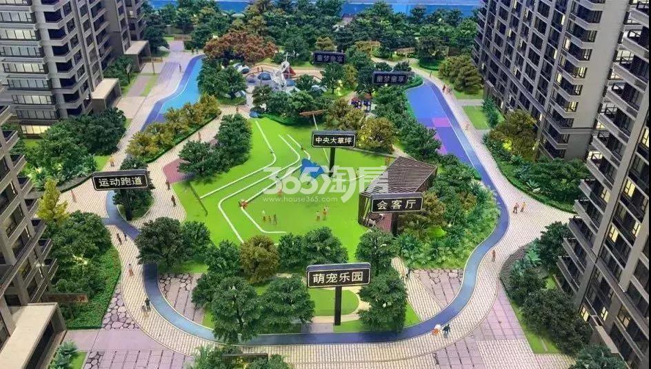 东原旭辉璞阅中央景观沙盘图 2019年6月摄