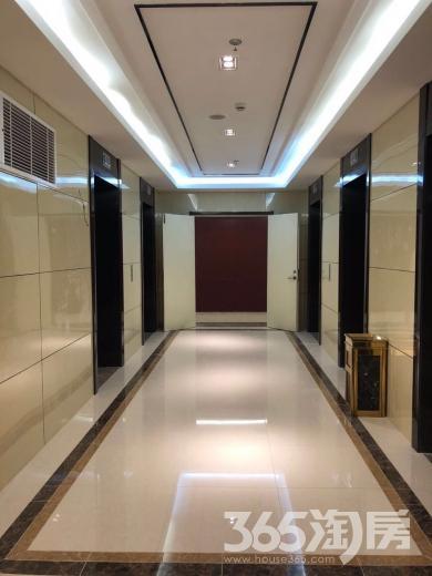 市中心紫峰旁江苏商厦58㎡可住家,可注册公司整租精装