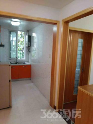 合家春天1室1厅1卫40.3平米精装产权房2009年建