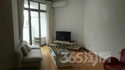 加城湖滨公寓1室2厅1卫55平米整租精装