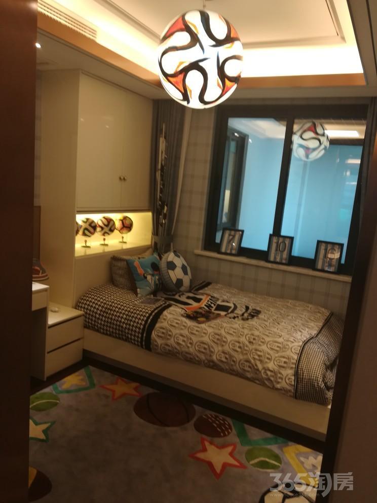 武进新城锦域4室2厅2卫140�O
